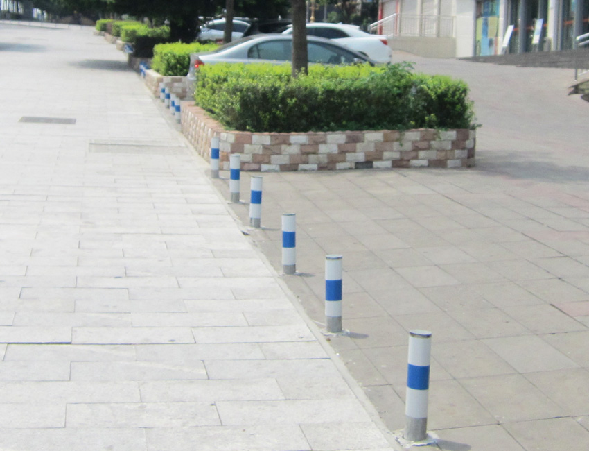 市政道路隔离设施(钢制隔离桩4)