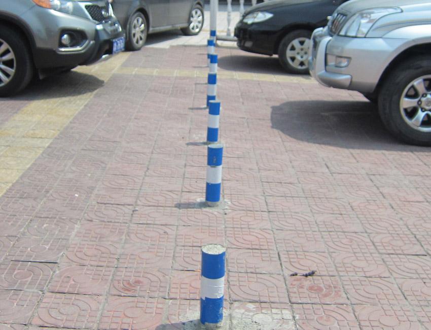 市政道路隔离设施(钢制隔离桩3)