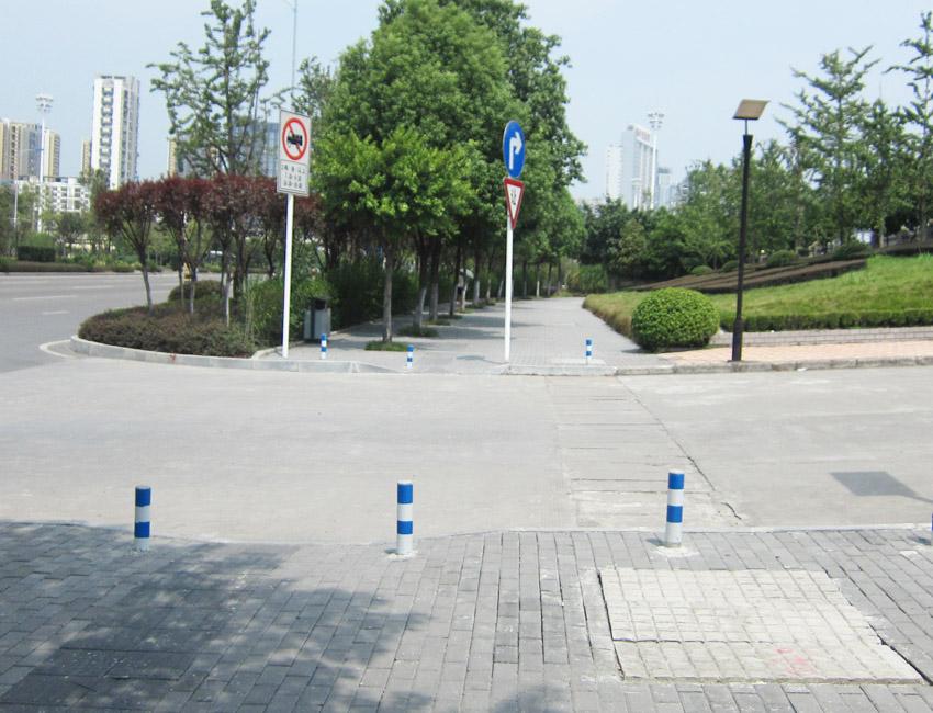 市政道路隔离设施(钢制隔离桩1)
