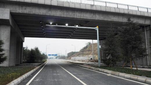 金童路南段工程(标线、电子测速1)